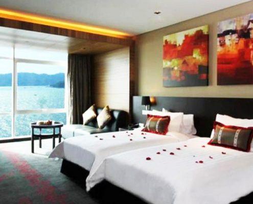 Hotel Grandis- Bedroom