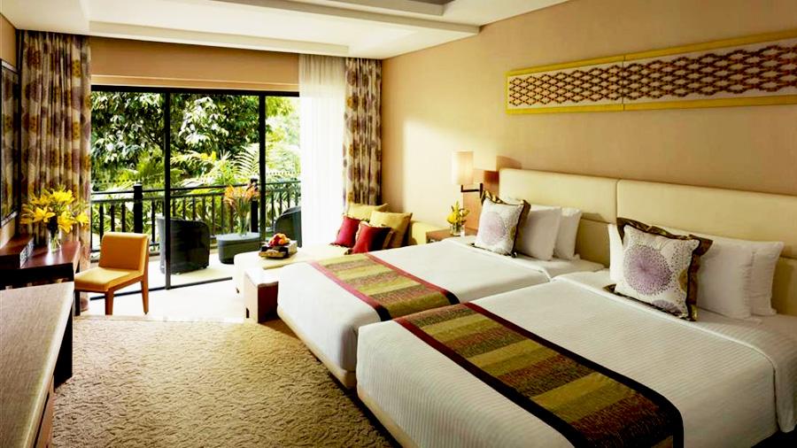 Shangri-la's Rasa Ria Resort - Bedroom