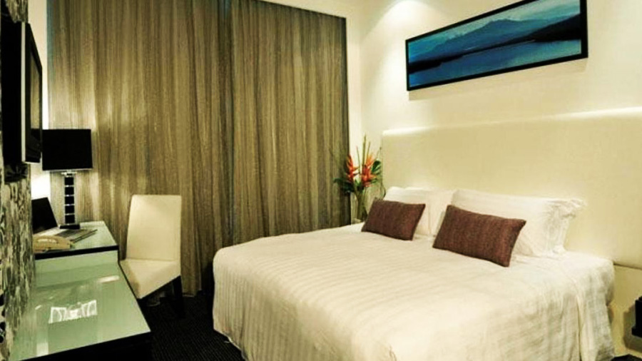 Grand Borneo Hotel-bedroom02