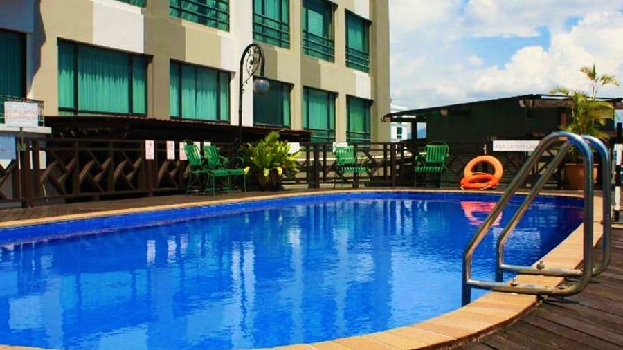 Sabah Oriental Hotel - Swimming Pool