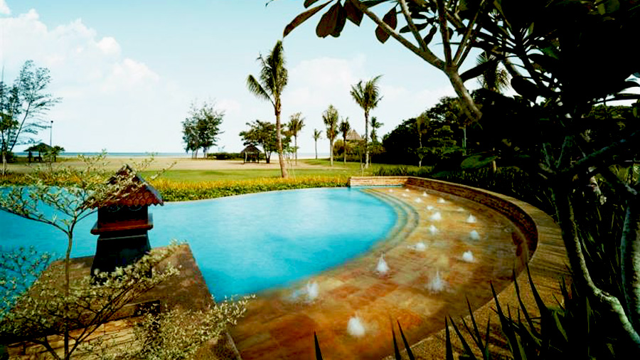 Shangri-la's Rasa Ria Resort &Spa-swimming pool jakozi