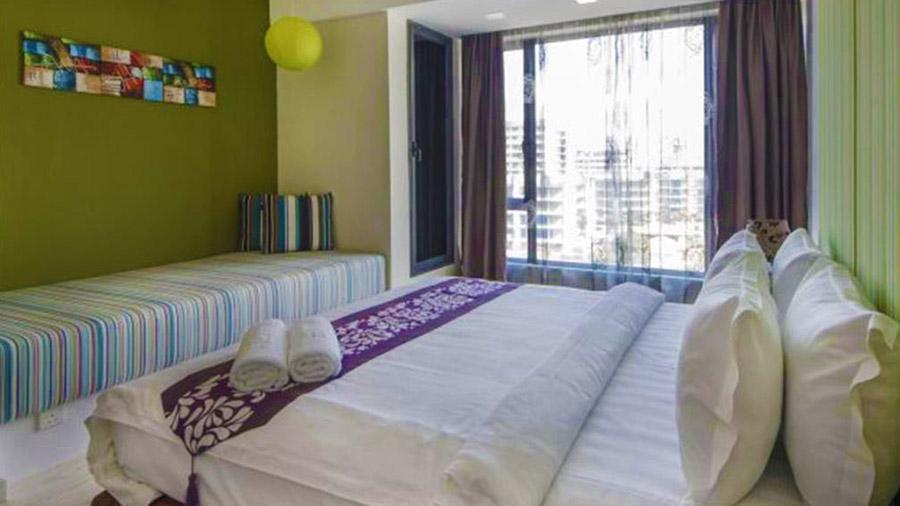 Borneo Vista Suites Hotel - bedroom