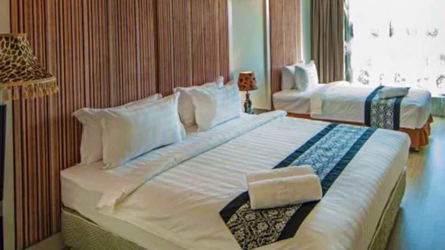 Borneo Vista Suites Hotel - room