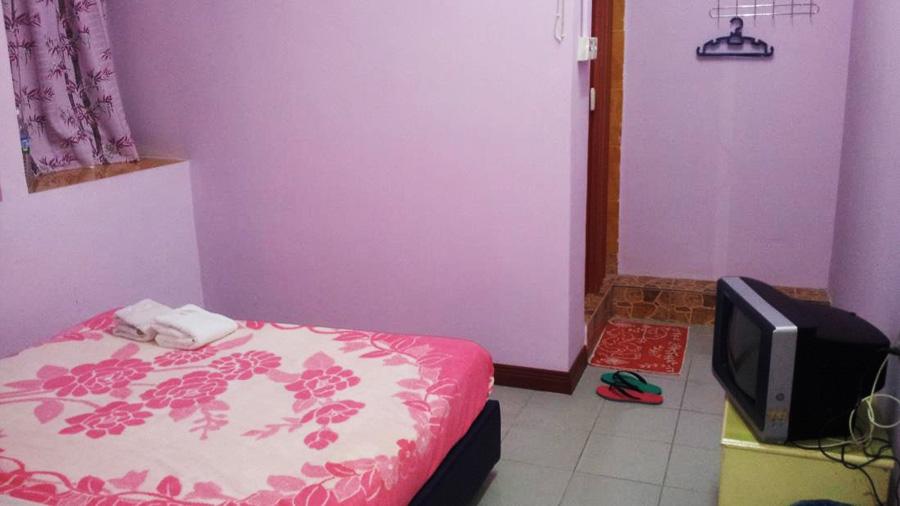Bilton Inn - Budget Places in KK Malaysia