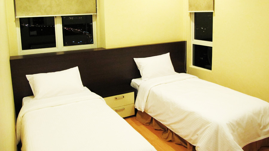 Boneo Holiday Homes@1Borneo Tower B Conominium-bed