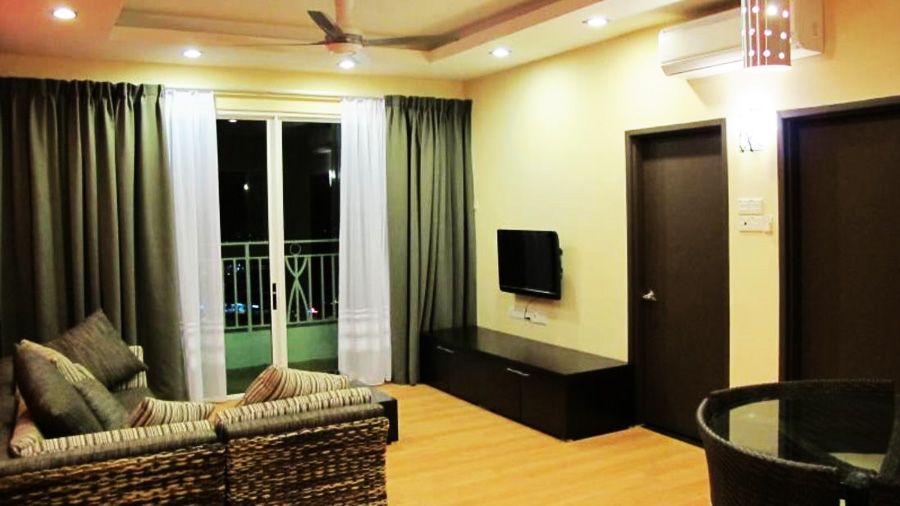 Boneo Holiday Homes@1Borneo Tower B Conominium-living room